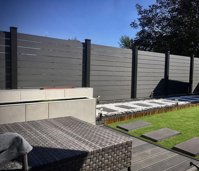 WPC kerítés zárt kerthez